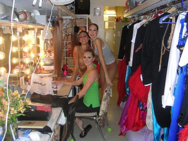 海外ファッションショーの舞台裏 12