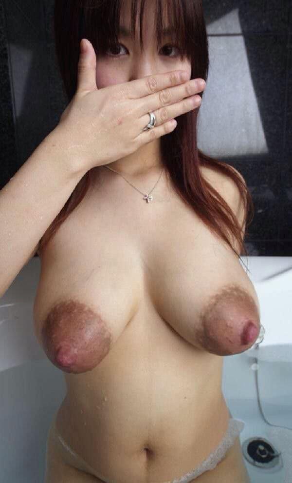 デカ乳輪でデカ乳首のグロパイ 13