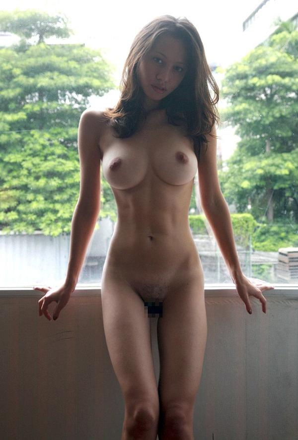 腹筋が美しい外国人スレンダー美女 2