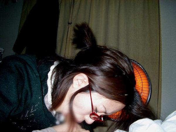 髪の毛結んでフェラする素人 8