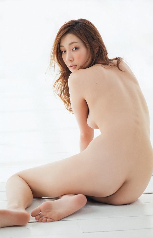 女座り・横座りの全裸 21