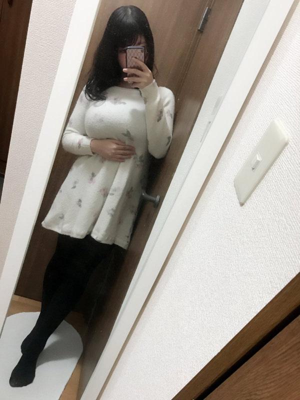 素人の着衣巨乳自撮り 25