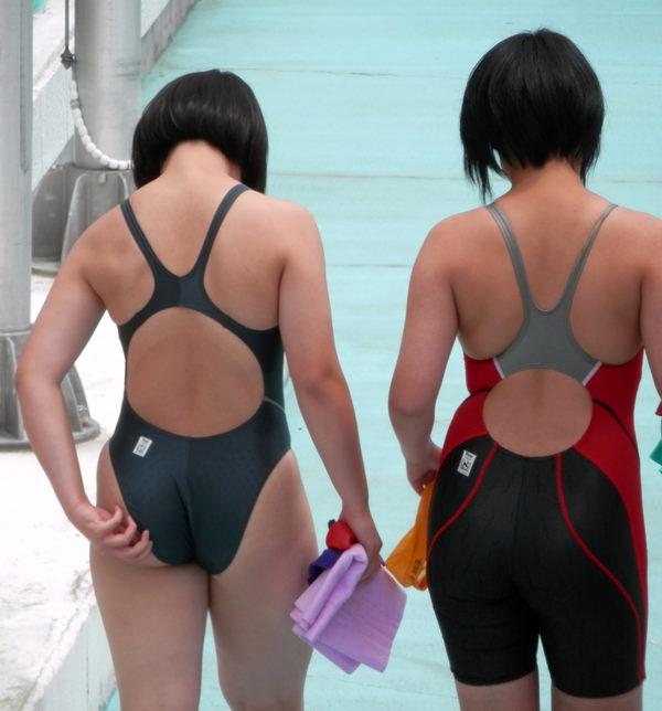 競泳水着姿の素人のお尻 35