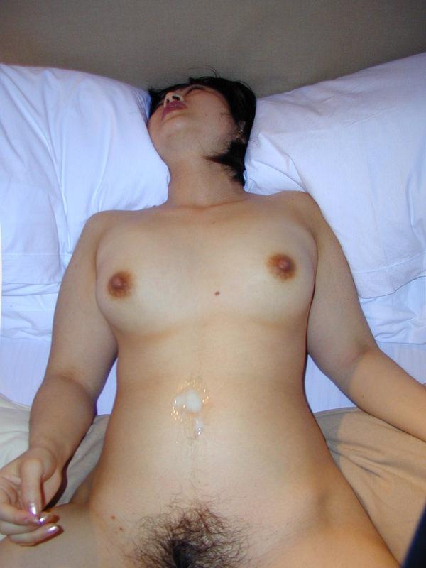 素人の腹射のハメ撮り 17