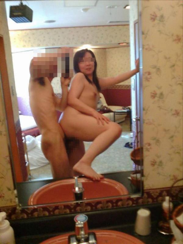 鏡撮りでハメ撮りする熟女 3