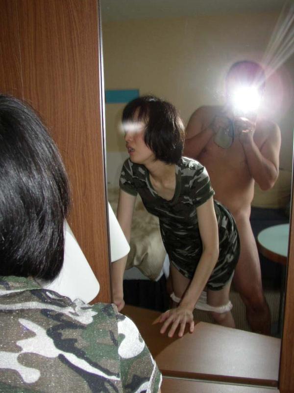 鏡撮りでハメ撮りする熟女 14