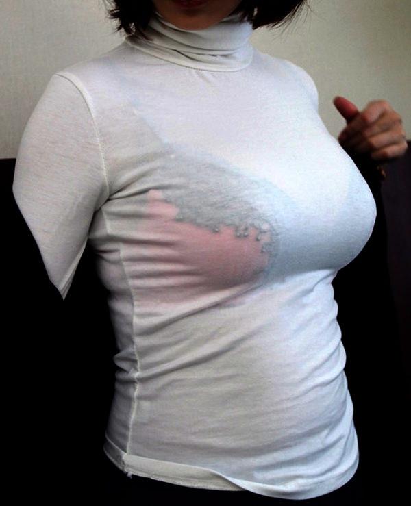 透けブラしてる素人の着衣巨乳 9