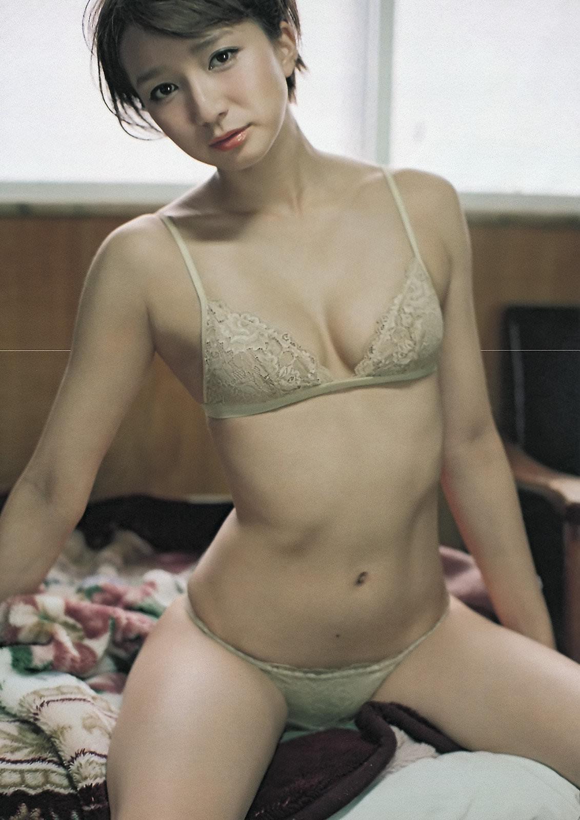 セクシーランジェリー着衣29 大人な女性の下着姿 1
