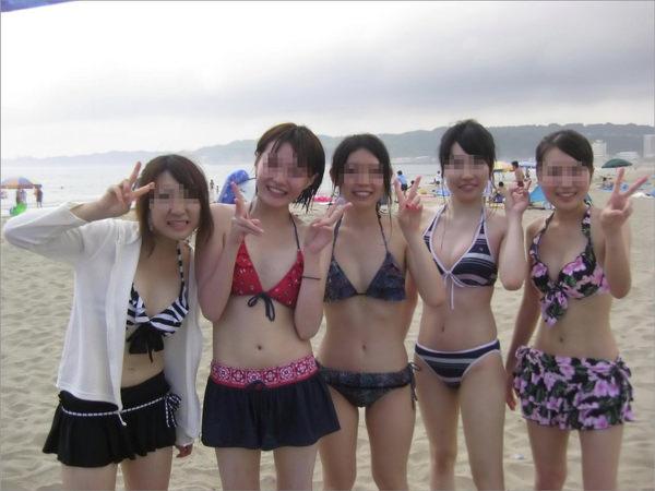 ビーチ撮りの水着素人の集合写真 8