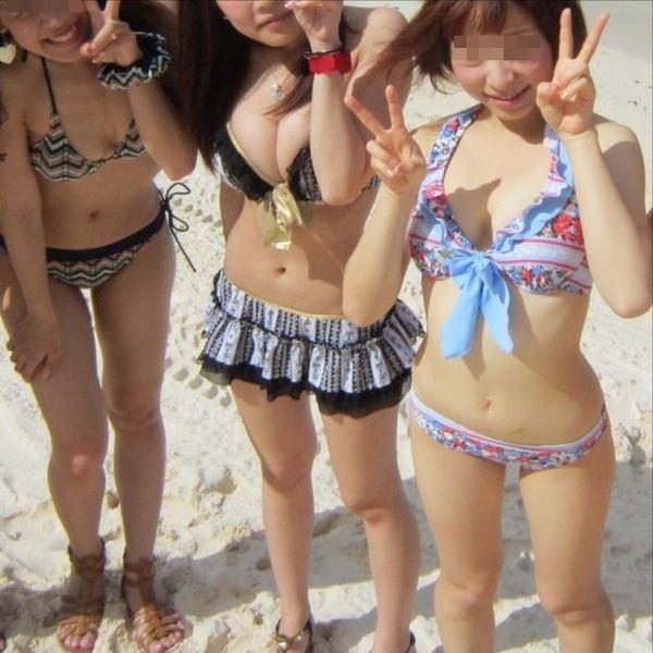 ビーチ撮りの水着素人の集合写真 12