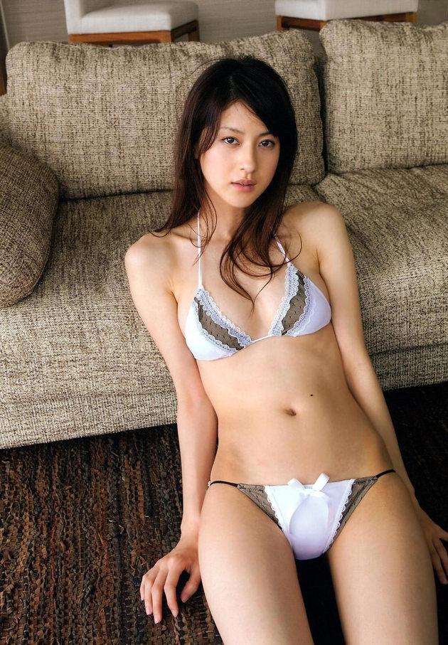 アイドル・グラドルの可愛い下着姿 10