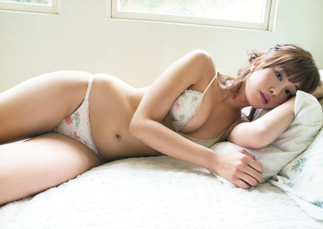アイドル・グラドルの可愛い下着姿 32