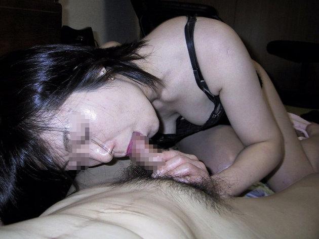 40代素人熟女のフェラ 4