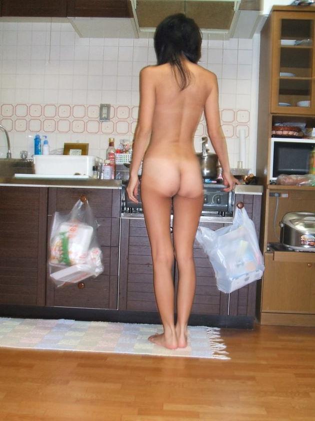素人の家庭内全裸 6