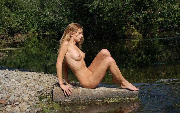 外国人美女の全裸ヌード 10