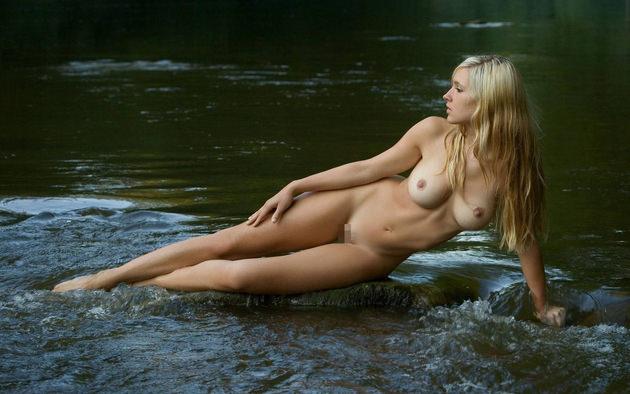 外国人美女の全裸ヌード 27
