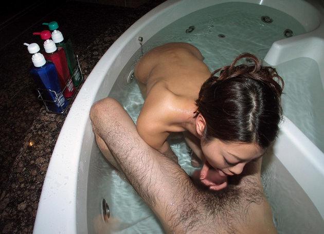 美人妻のフェラ 20