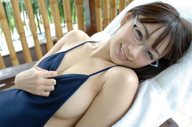 メガネの巨乳 17