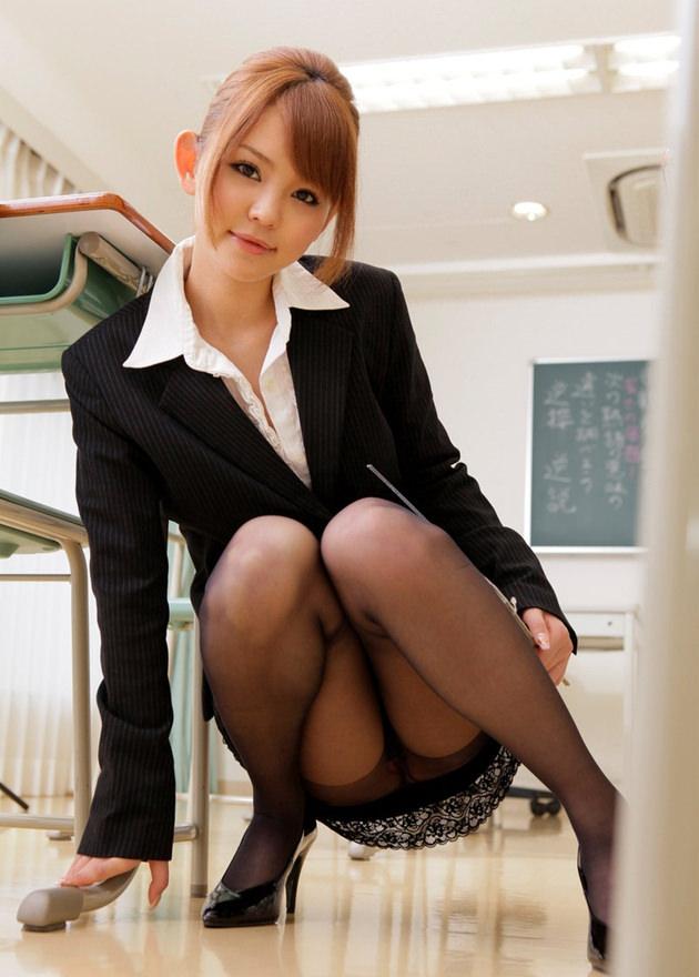 エロい女教師 12