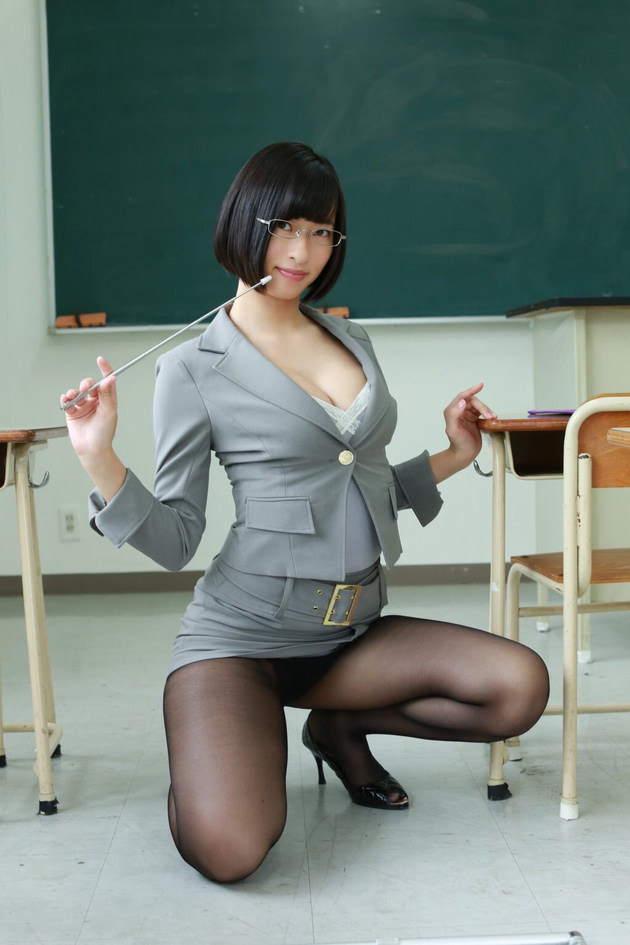 エロい女教師 18