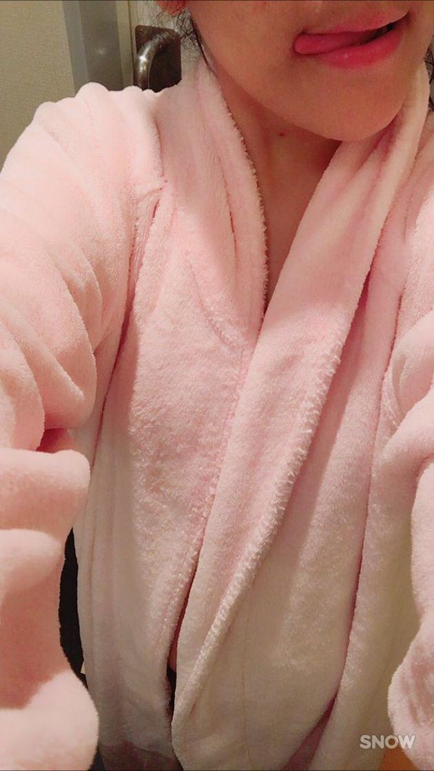 ラブホでバスローブを着る素人 5