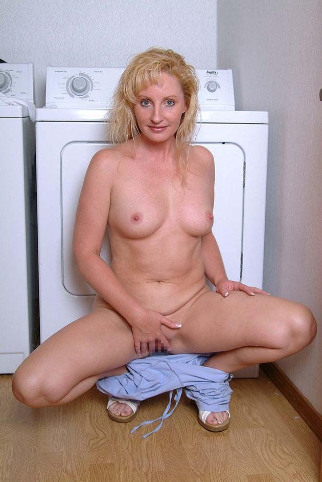 外国人熟女の全裸ヌード 13
