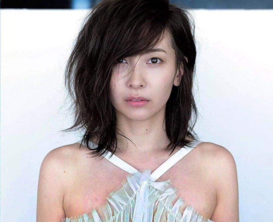 【画像】 あのグラビアアイドル、乳首ヌード解禁wwwwwwww(画像あり)