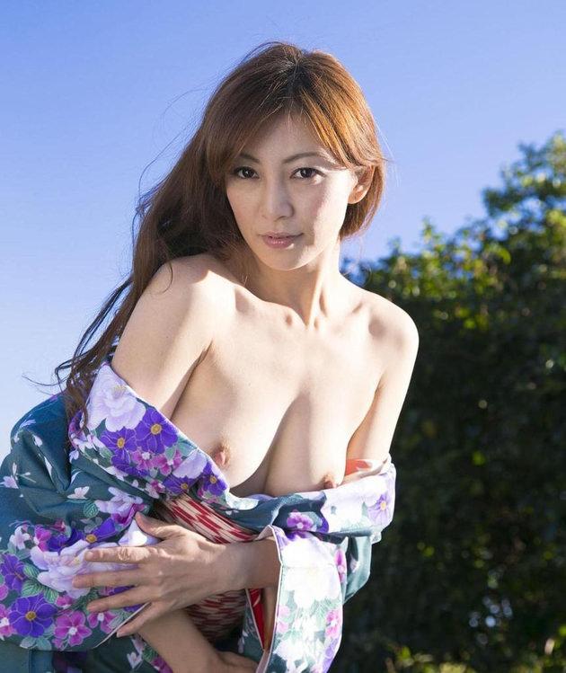 妖艶な美熟女 44