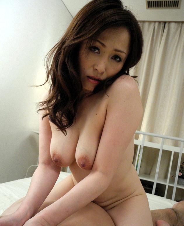 妖艶な美熟女 46