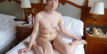 普通の奥さんの裸がエロい。40代素人熟女のヌード画像35枚