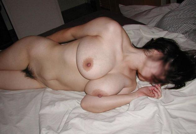 40代素人熟女の裸 22