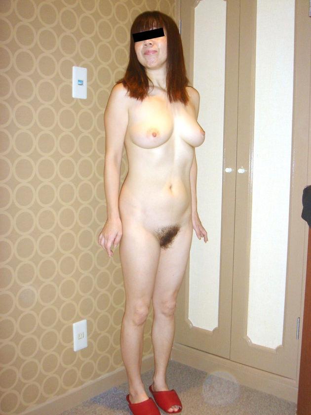 40代素人熟女の裸 35