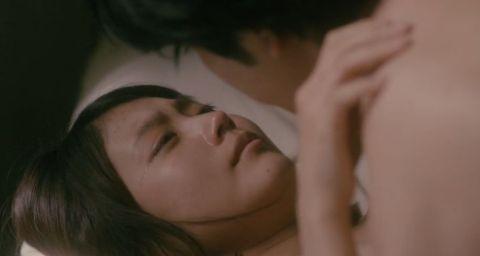 有村架純、ナラタージュの濡れ場セックス画像キタ━━(゚∀゚)━━! 松潤ピストンに悶えてるぞwww(※エロ画像34枚)