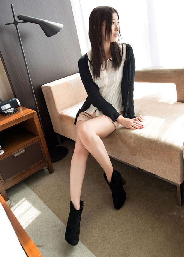 色気のある着衣の美人妻 7
