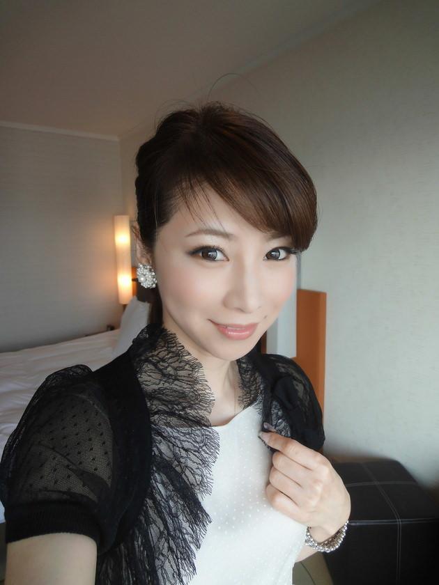 色気のある着衣の美人妻 31
