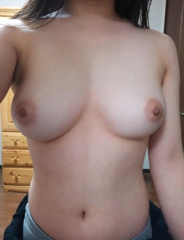 普通の女の子の生乳 画像33枚