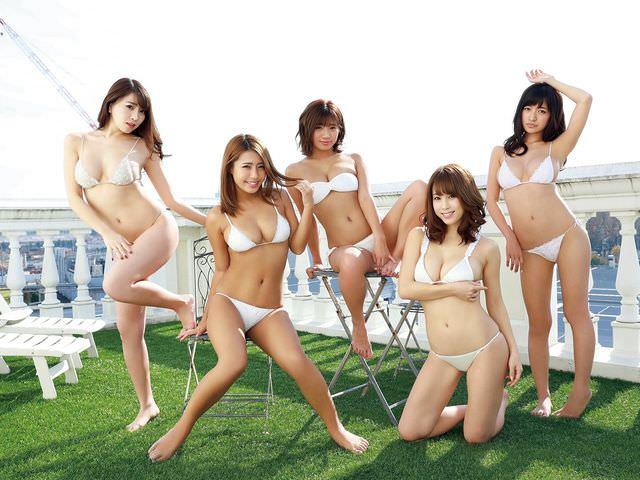 【画像あり】メンバー全員Gカップのグラビアユニット「誰のおっぱいが一番いい?」wwwwwwwwwwwwwwwwwwww