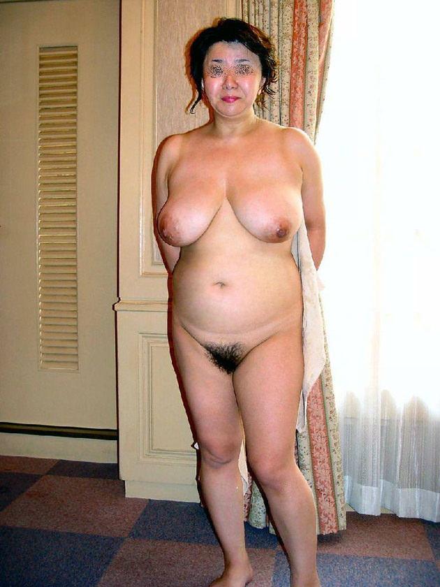 人妻・熟女の爆乳 28