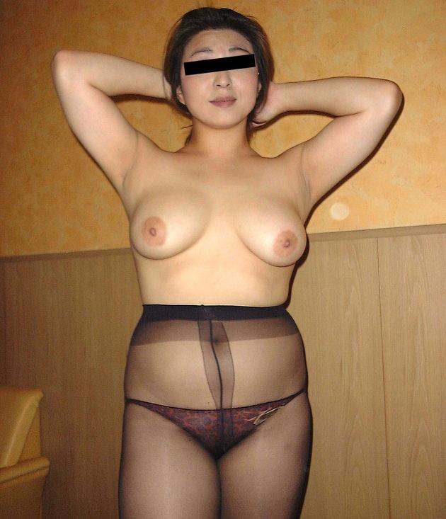 素人熟女の美乳 5