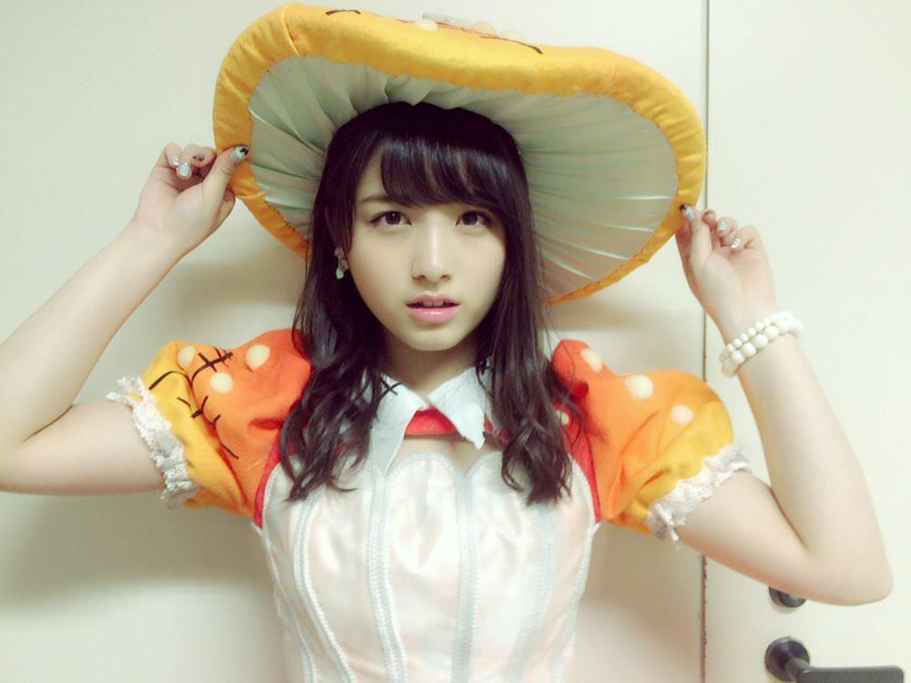 (写真)舞台で大和田南那のお乳えろすぎワロタwwwwwwwwwwwwww