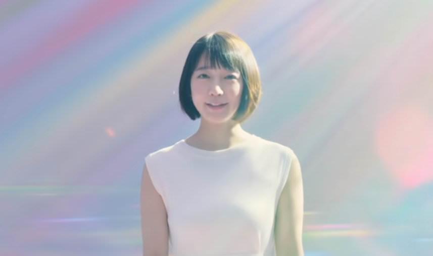 (速報)吉岡里帆、ミズ着姿を久々披露☆☆「デカすぎる☆」とファン騒然
