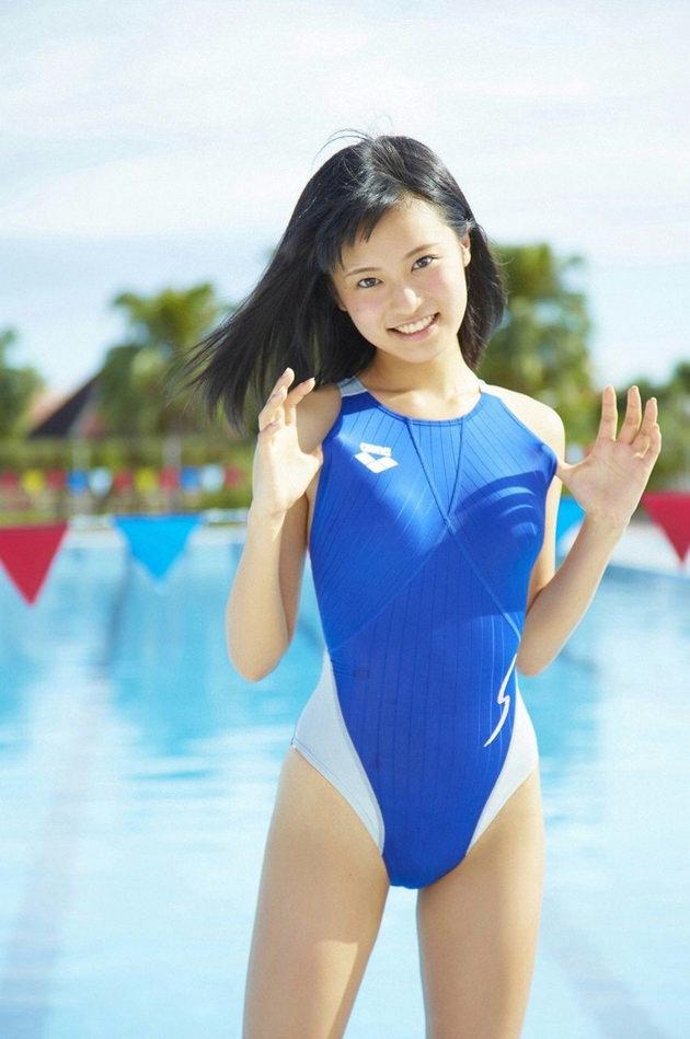 美少女アイドルの競泳水着 16 小島瑠璃子