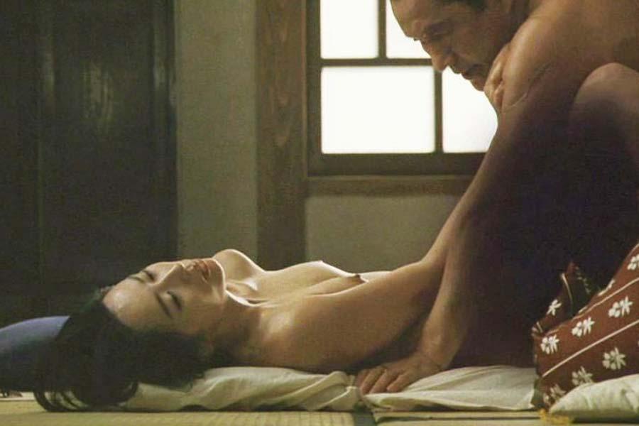 鈴木京香 ヌード画像54枚!乳首モロ出し全裸セックスがエロすぎて抜けるwww