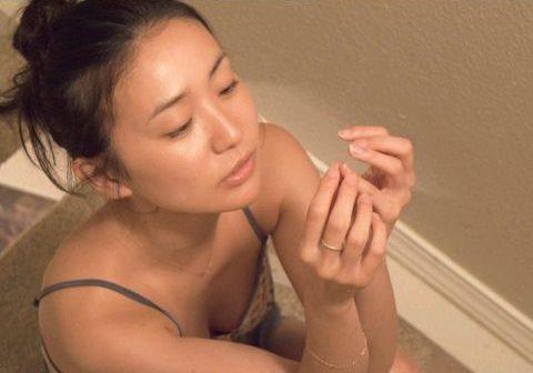 大島優子 SEX直前下着姿を撮られる…元AKBエースの現在のお仕事がこちら…