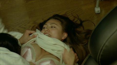 川村ゆきえ(32)フウゾク嬢を演じた映画で垂れ乳揺らしてねっとり濡れ場…今年、乳輪を見せた最強グラドル…(※写真あり)