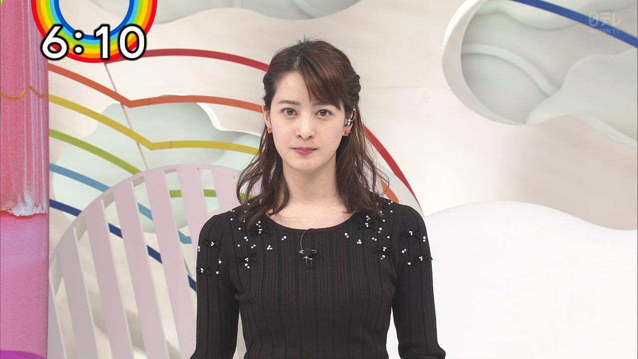 日テレ後呂有紗アナ、細いのにお乳がデカい。