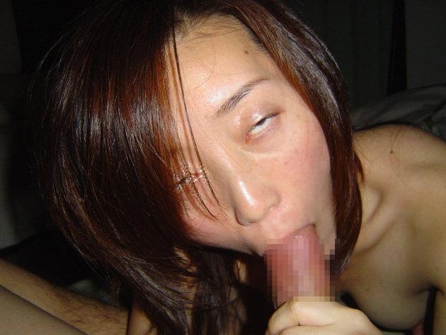 素人熟女のフェラ顔 11