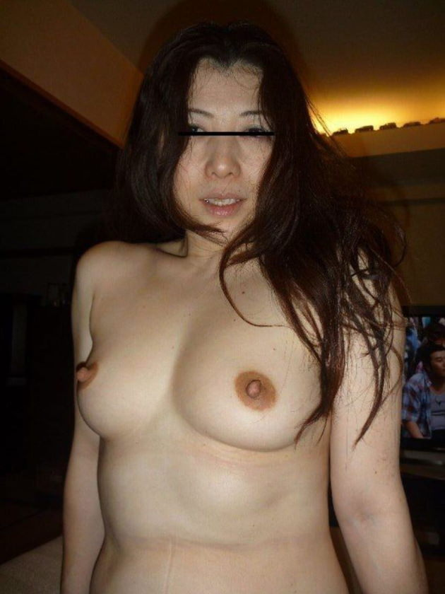 素人美熟女ヌード 17