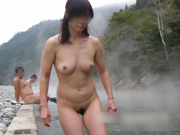 素人美熟女ヌード 24
