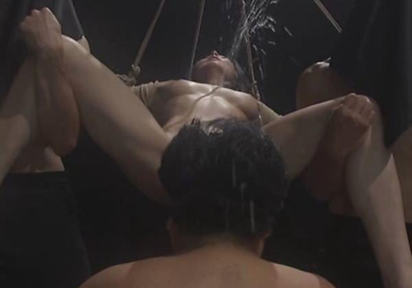 (杉本彩)濡れ場シーンで「天狗の鼻を2穴生入れ⇒塩吹き」他にこんな女優いるの?wwwwwwwwwwwwww